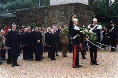 Il presidente Scalfaro alla commemorazione